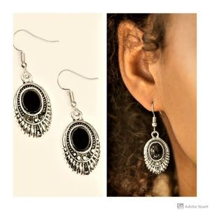Look HUEs Talking! - Black Hermatite Hook Earrings